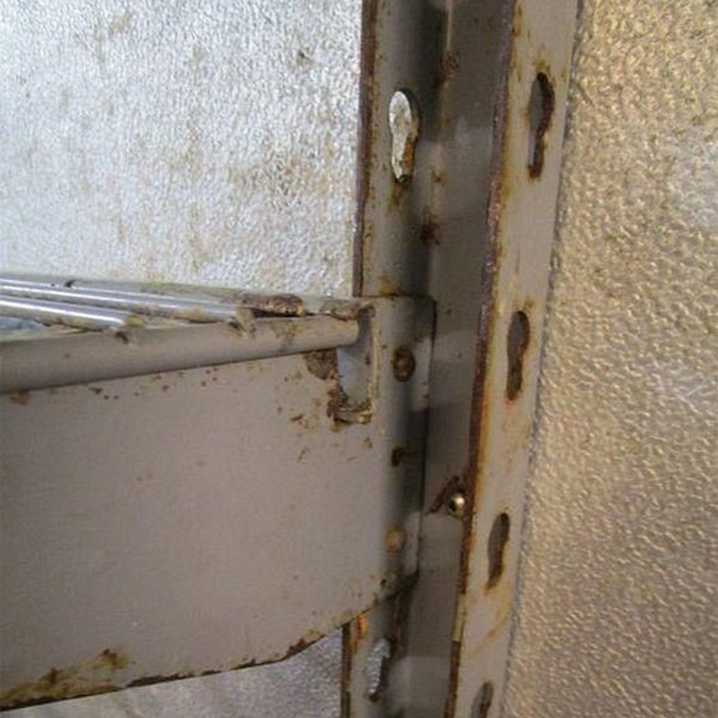 Commercial Shelving Corrosion