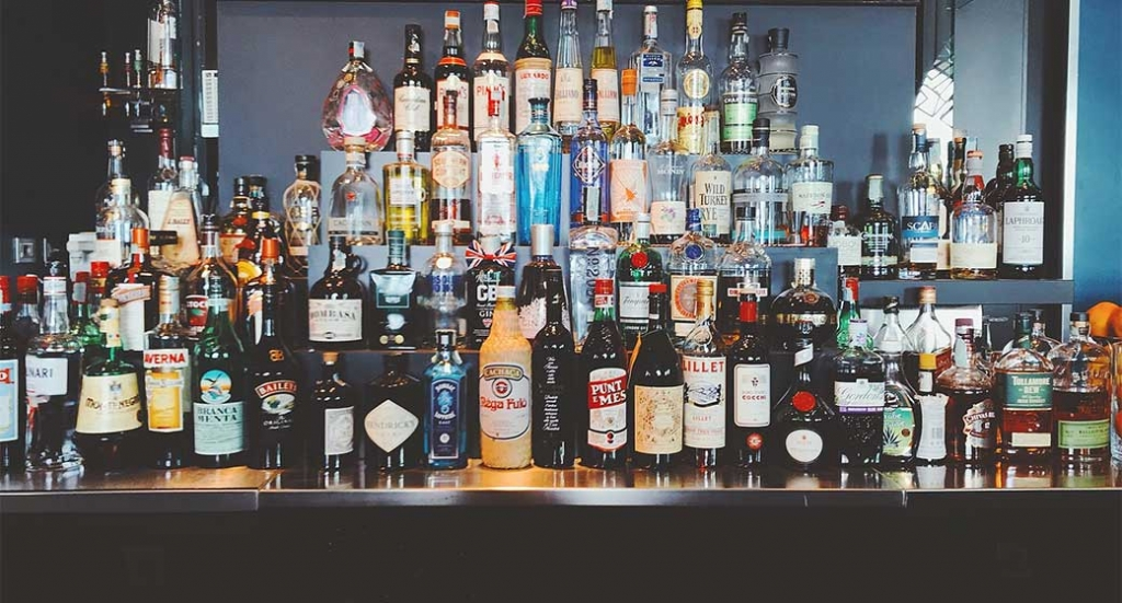 Tips, Tricks and Tools for Alcohol Delivery & Takeout