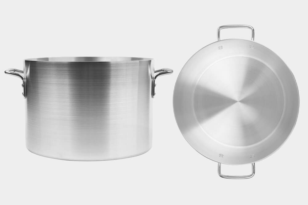 Stock pots for bakeries by Vollrath.