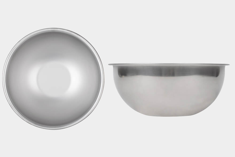 Use this bowl in any kitchen during food preparation. The concave bottom will allow the bowl to stay in place during mixing. Perfect for for bakeries.