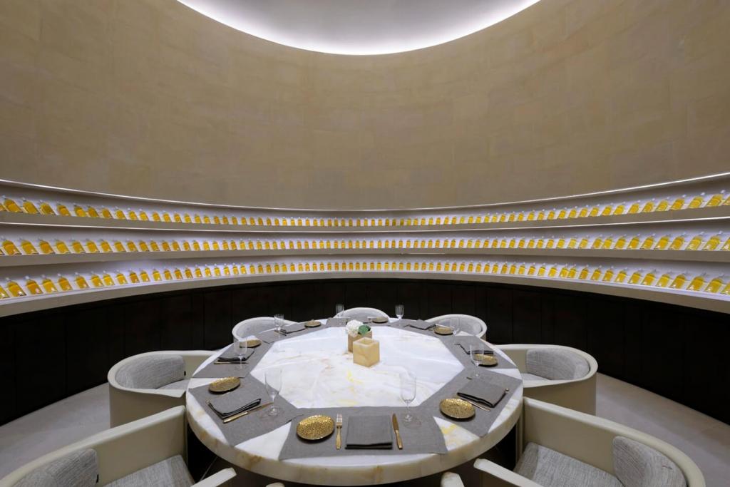 Armani/Ristorante private dining room.