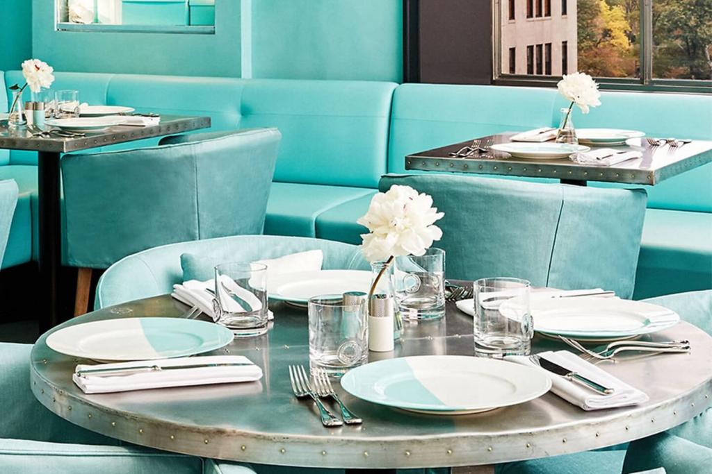 Tiffany's Blue Box cafe.
