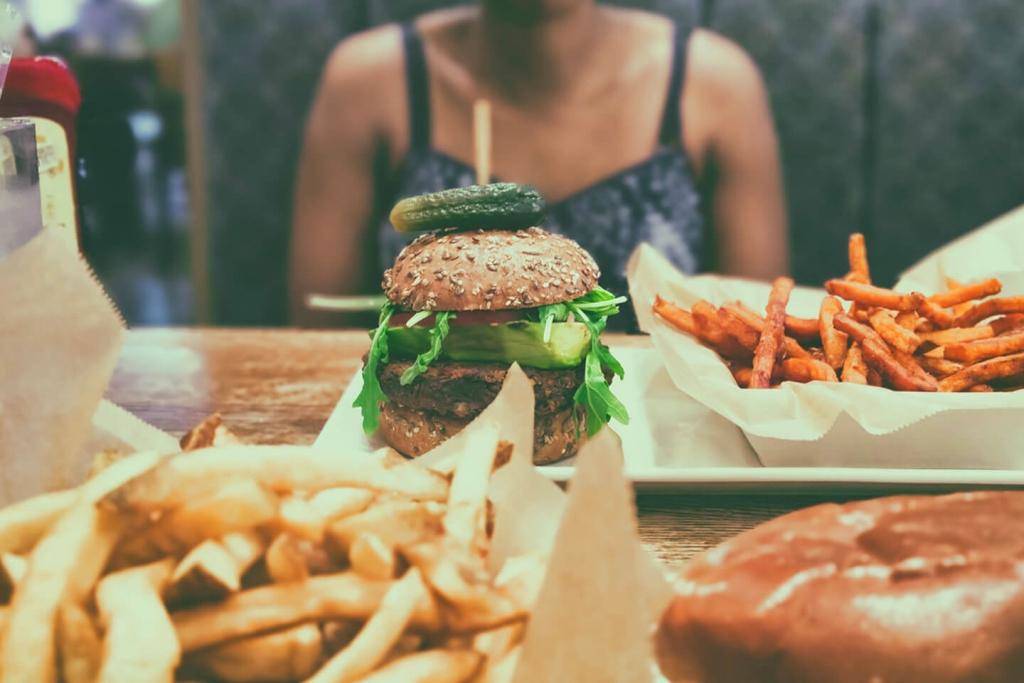 America serves huge food portions.